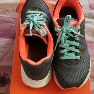 Women Nike Downshifter 6